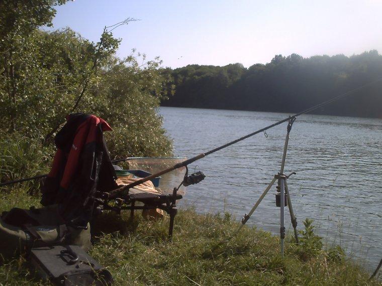 une pêche , du soleil