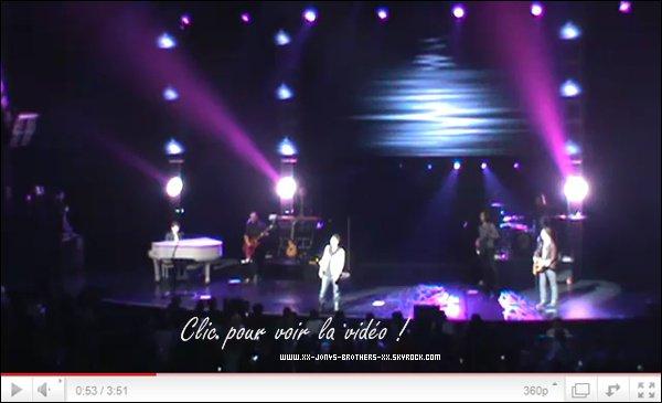 Le 20/03/2011 : Les Jonas Brothers sont remonter sur scène pour le Concert Of Hope à Los Anegeles.