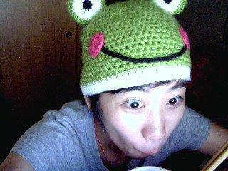 A handmade frog hat ^^