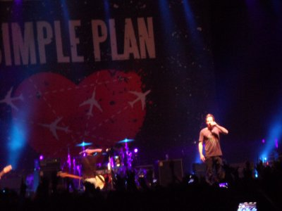 Simple Plan live in Hong Kong finally <3