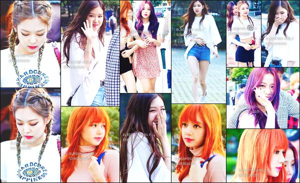 ----------------  05/07/17 :     Dans la journée, les filles ont enregistré l'émission de radio  Love Game  de Park Sohyun - dans Seoul.  Alors j'adore toutes les tenues de BlackPink mais j'ai un coup de coeur pour la tenue de notre Lisa. J'adore les tresses de Jennie. Top.  ----------------