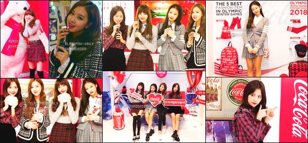 ----------------   15/02/18  :   Photos   du groupe BlackPink lors d'un grand événement de la marque de boisson Coca-Cola   à   Séoul.   Tops pour les tenues de tous le monde. Je suis fan des photos, les filles semblent passer du bon temps. J'adore   les cheveux de Jennie. ----------------