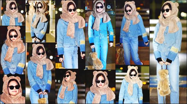 ----------------  09/12/19 : Mlle Jennie a etait photographiée    dans la journée à l'aéroport de  Incheon   toute seule   - Corée du Sud.     Jennie elle est  en direction de la Chine pour Beijing. Elle est tellement adorable avec sa petite echarpe d'ours. Je lui met un  top pour elle.  ----------------