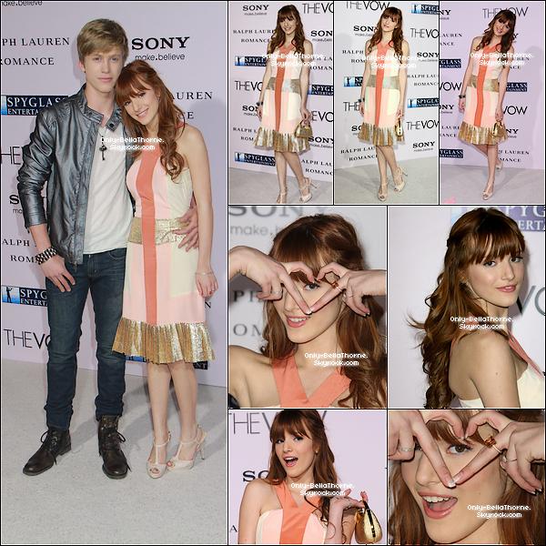 """. 06.02.2012 Bella a assistée à la première du film """" The Vow """" à Los Angeles Que pense tu de sa tenue? Pour moi c'est un BOF, en revanche j'aime beaucoup sa coiffure! ."""