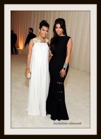 """-  26-02-12 Kim et Kourtney ont été vu aux """"Oscars Night at Elton John's""""-"""