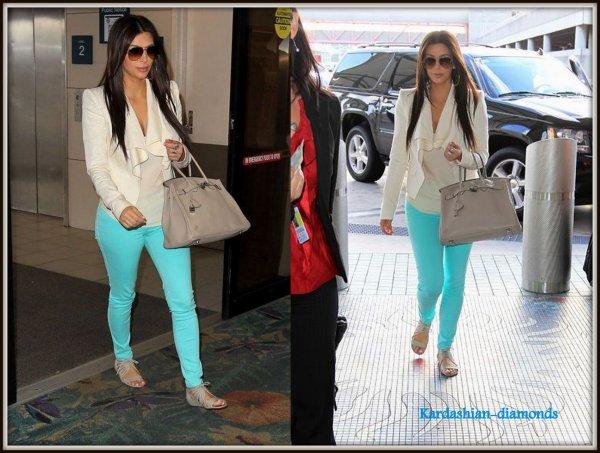 - 19-03-12 Kim a été vu à l'aéroport Lauderdale ! Top ou Flop ?