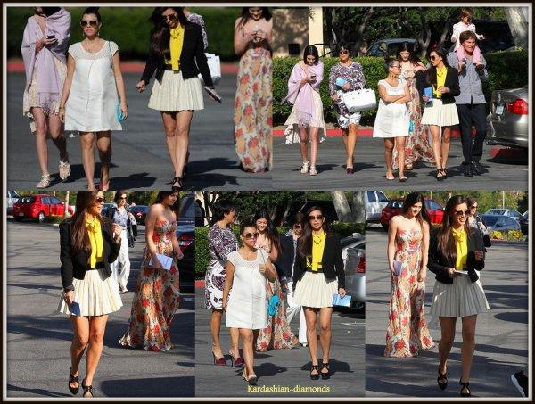 - 08-04-12 Kim et sa famille se sont rendus à l'église !
