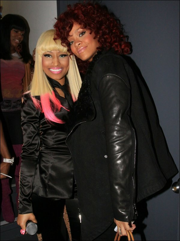 "NEW 06/01/11 : Nicki Minaj et Rihanna : ensemble pour le clip ""Fly"""