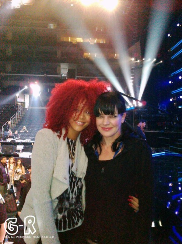Rihanna repete pour les Grammy Awards