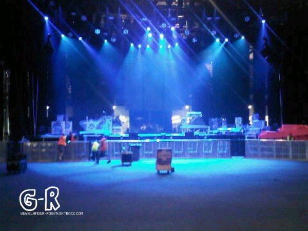 26 Fevrier: Concert à Gold Coast Posté By M-F