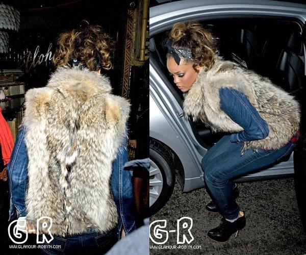 Rihanna au club Mahiki apres son concert----------------------------Article posté par Elodie .