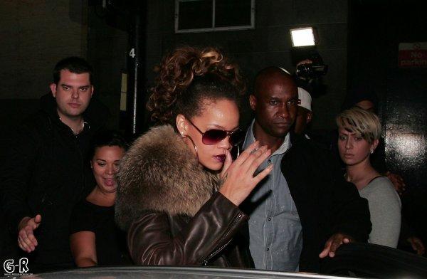 Rihanna quitte un club avec Matt Kemp a Londres!-------------------Article posté par Elodie .