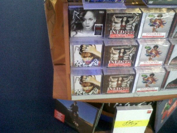 TALK THAT TALK EST DISPONIBLE EN FRANCE!