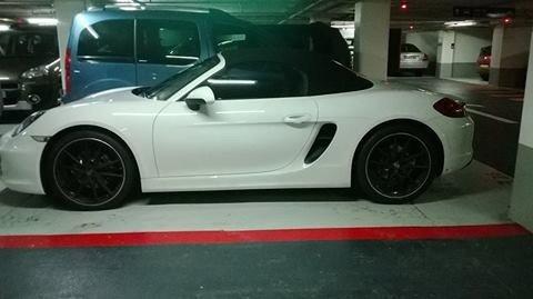 Mes voiture hihi :-D :) qui veux monté avec moi les filles