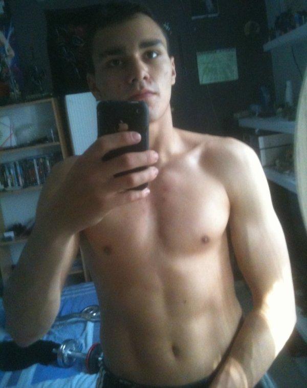Des le matin petite séance de musculation :-)