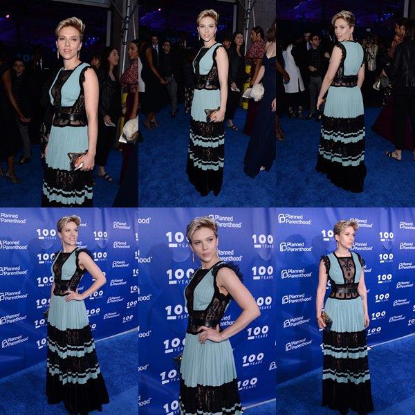 . ♦  Scarlett Johansson assiste au Gala du 100e anniversaire de Planned Parenthood à Pier 36 le 2 mai 2017 à New York City !  .