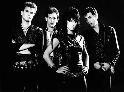 Joan Jett & The Blackhearts .I love Rock`n`roll. (2011)