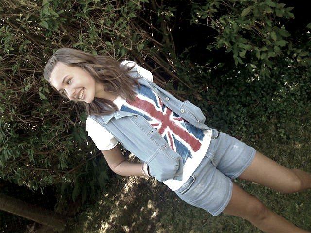 IT'S LONDON BABYY †