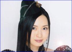Pocket Berryz: Choisissez un membre du Hello!Project qui vous accompagnerait dans une maison hantée.