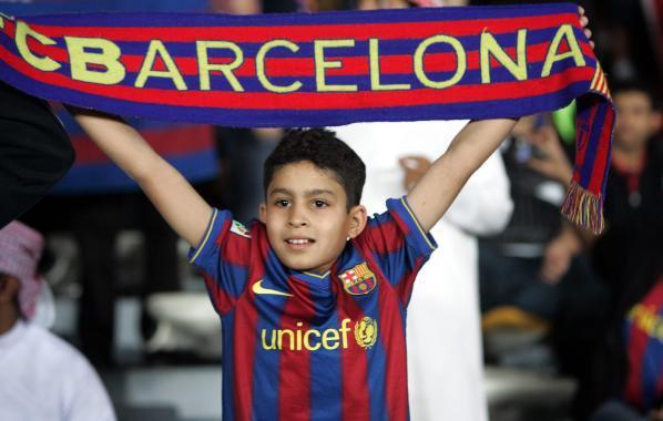 برشلونة أفضل ناد إسباني خلال العقد الماضي _FC  Barcelone est le meilleure club espagnol  au cours des dix dernières années