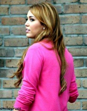 22/12: Miley sur le set de son nouveau film :)