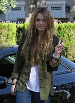 31/12 : Miley de sortie a Los Angeles