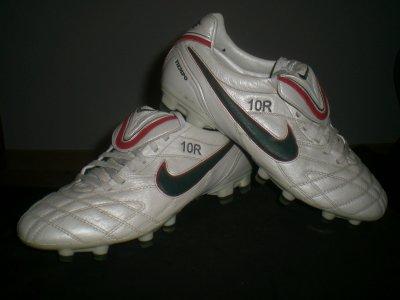 worn match boots ronaldinho !!!!