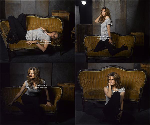 Stana Katic, photoshoot Castle saison 5 !   La Saison 5 de Castle commence le Lundi 24 Septembre 2012 aux U.S.A !