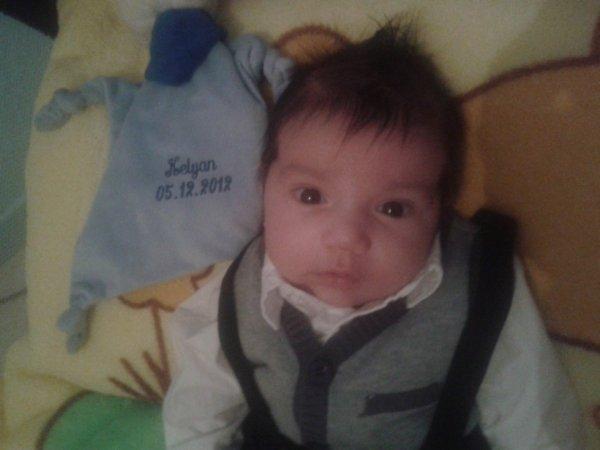 mon fils kelyan ila 2moi mtn et oui c le boss
