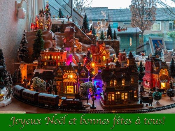 Je souhaite de joyeuses fêtes à tout le monde!