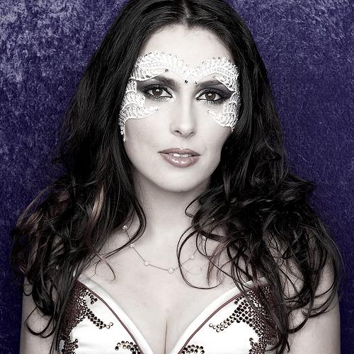 Sharon Den Adel *-*