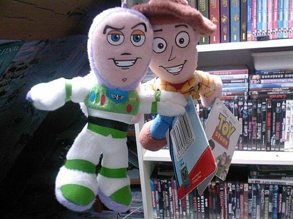 Woody et Buzz: mes deux nouveaux amis =D