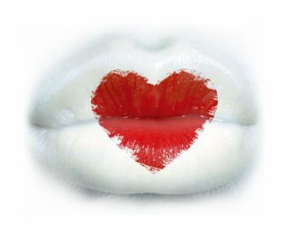 des gros bisous tout blanc avec le coeur tout rouge blog de kiki28000. Black Bedroom Furniture Sets. Home Design Ideas
