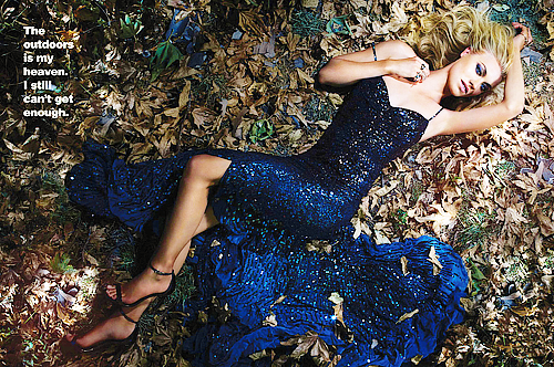 Yvonne a été photoshoot pour l'Esprit & Flesh Magazine