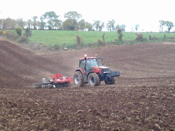 Préparation terre a maïs 2012