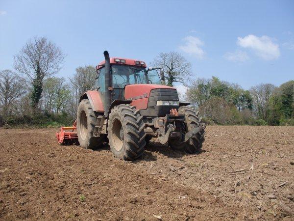 Préparation terre à maïs 2013