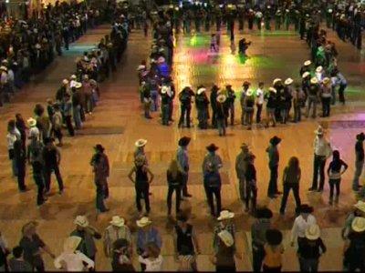 623 Danseurs country danse pour Noel 2010