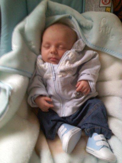 mn neveu ylan kan il etai bebe
