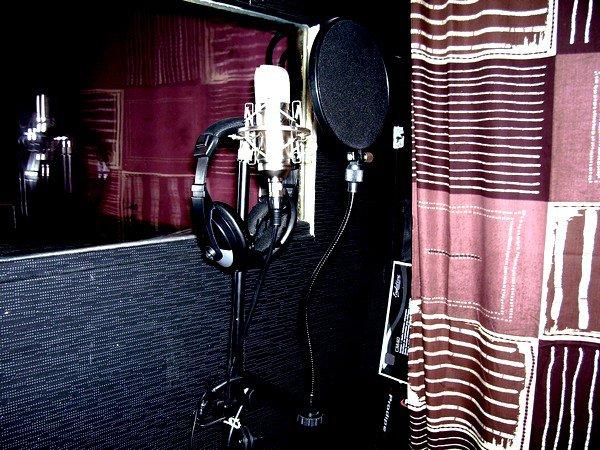 notre studio avec notre micro