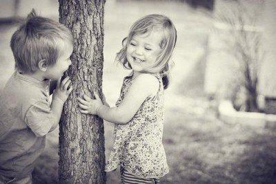 A l'âge de l'enfance on aime rêver, à l'âge de l'adolescence on rêve d'aimer <3