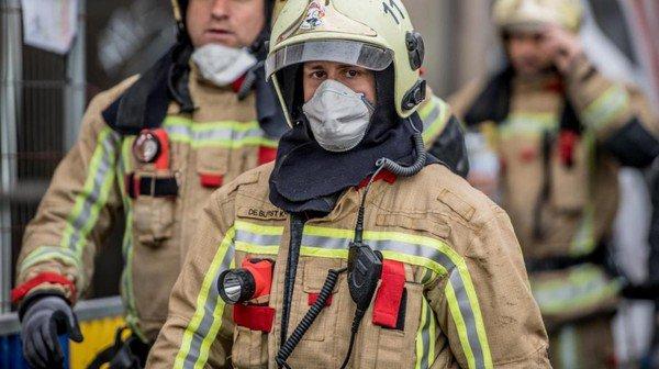 merci aux pompiers de prendre des risque