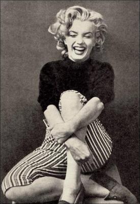 """""""Dis adieu à Pat, dis adieu au Président et dis adieu à ta propre personne parce-que tu es un chic type."""" [Dernière paroles de Marilyn Monroe]"""