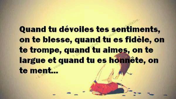 Ma Tete Rempli De Choze Qui N'en Valle Pas La Peine !  Coeur Detruit Par toi  Qui N'aurai Pas Du Y Rentree !!  </3