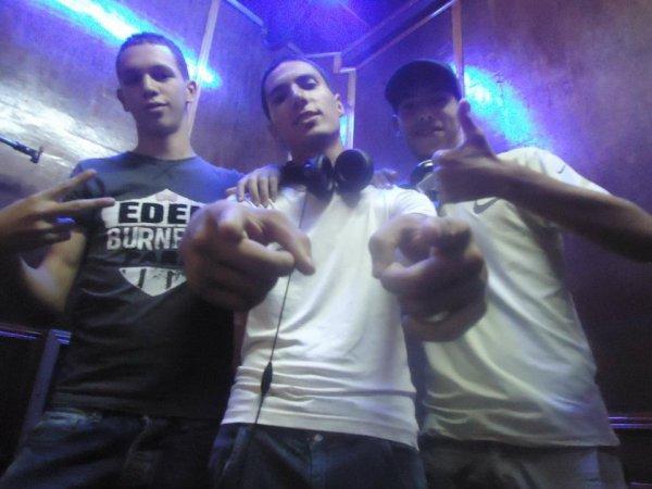 thug life  / el Hogra ( RDS ft Stiffelio ) (2011)