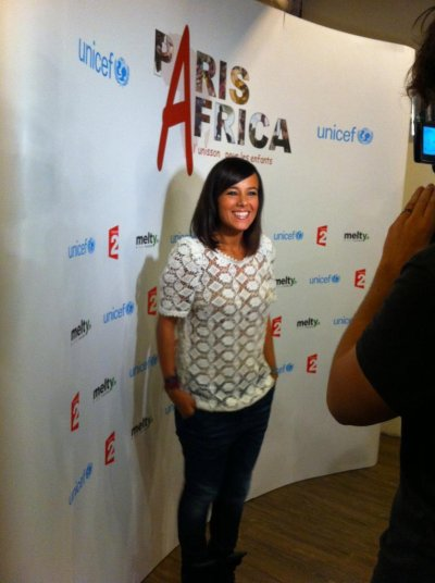 """Alizée a participé a l'enregistrement du single et du clip """"Des Ricochets"""" au profit de l'UNICEF."""