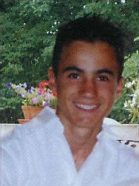 Romain 15 ans  enlever si jeune !