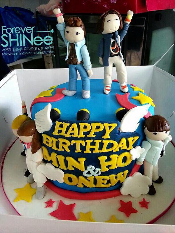 121208 SW Singapore 2012 Minho & Onew HBD !!!