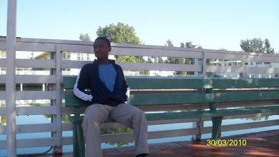 La c'est moi dans l'arriere cour de la maison prenant de l'air !
