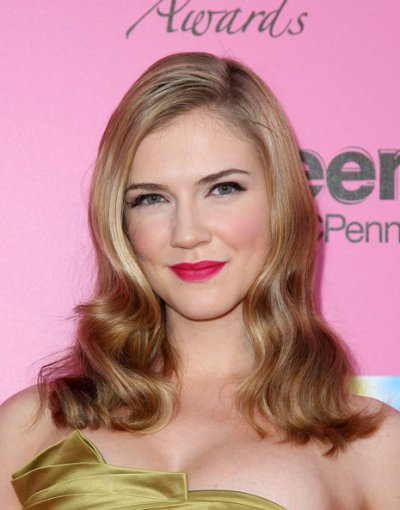 biographie Sara Canning