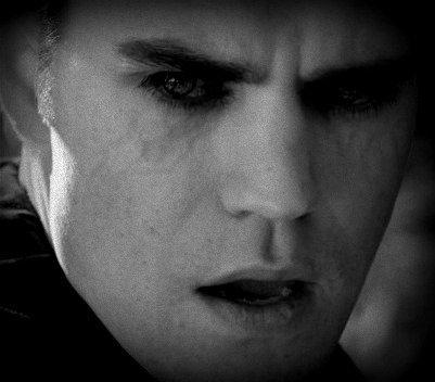 Paul Wesley est un fan des changements apportés à son personnage, Stefan. Ce dernier a basculé du côté obscur.